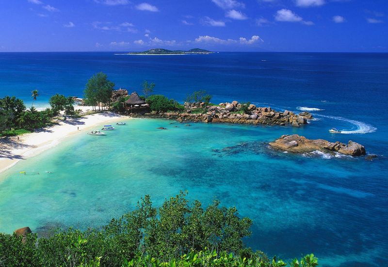 seychelles-boat-rental