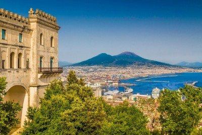 naples-yacht-charter-naples-capri-amalfi-ischia-procida-sorrento-campania-positano-itinerary-sailing-route-1-day-daily-excursion-tour