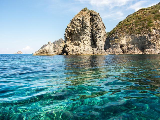 campania-yacht-charter-ischia-procida-phlegraean-islands-pontine-islands-ponza-7-days-itinerary-weekly