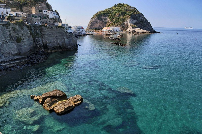 ischia-yacht-charter-sea-view