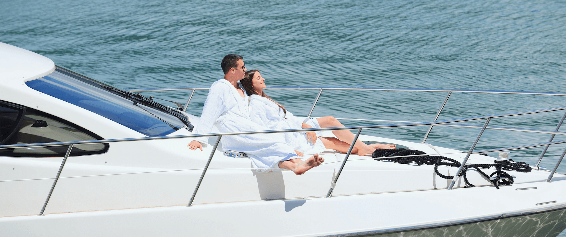 france-yacht-charter-couple-luxury-boat