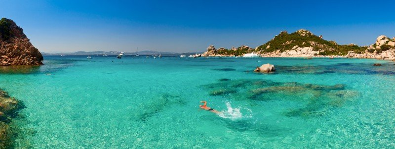 emerald-coast-yacht-charter-turquoise-waters-blue-italy-sardegna