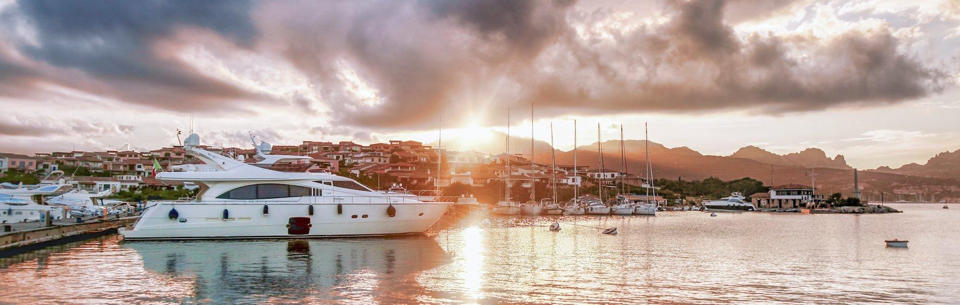 rent-motor-yacht-in-sardinia-charter-luxury