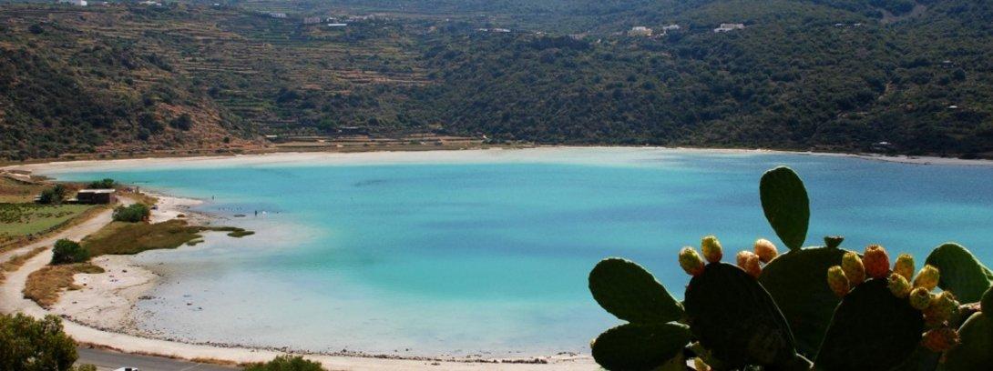pantelleria-yacht-charter-pantelleria-rent-boat-pantelleria-boat-tour-pantelleria-sailing-pantelleria-luxury-yacht-salted-lake