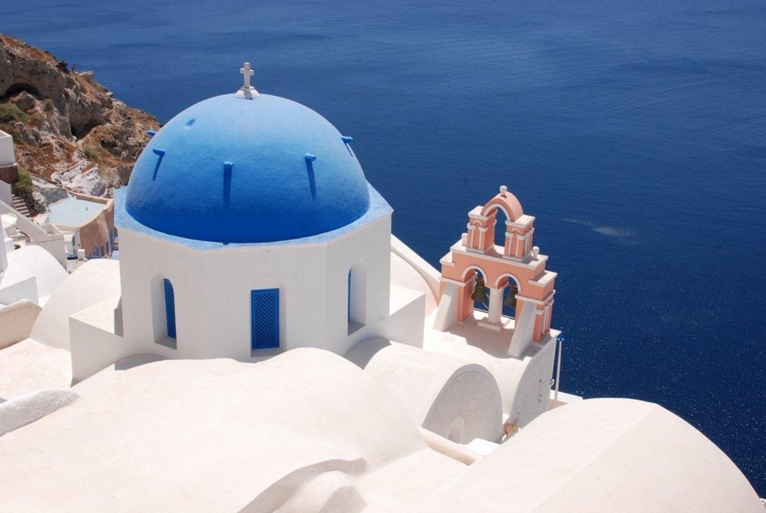 crete-yacht-charter-santorini-route-7-days-itinerary-1-week