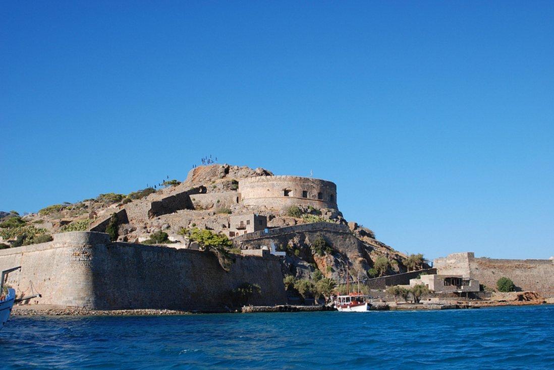 crete-yacht-charter-spinalonga-sailing-itinerary-7-days-1-week-route