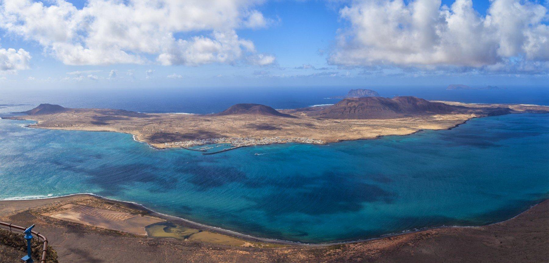 canary-yacht-charter-spain-baelares-islands