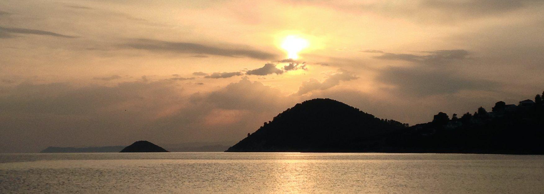 sporades-yacht-charter-greece