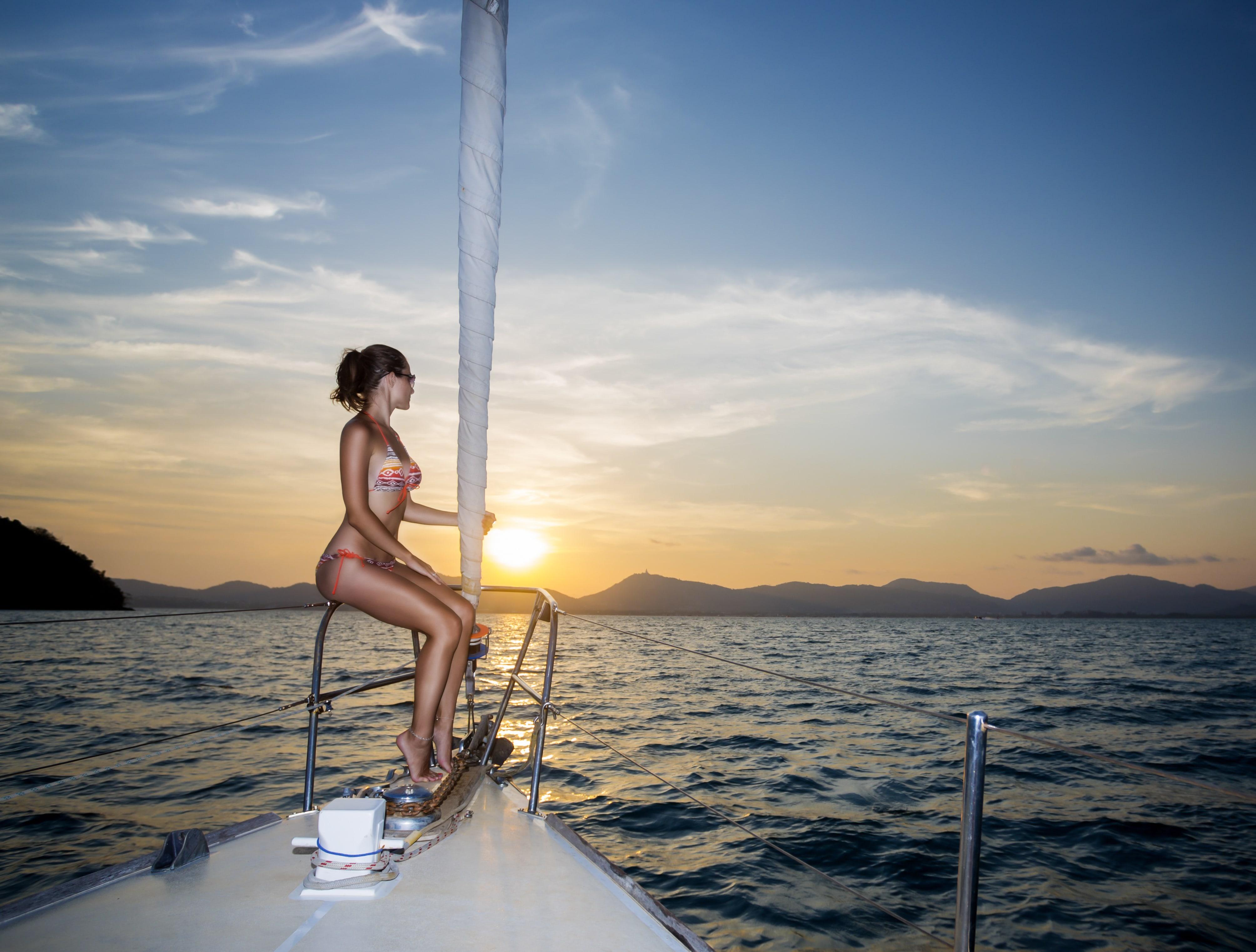 sardinia-yacht-charter-luxury-crewed-motor-sail-yacht