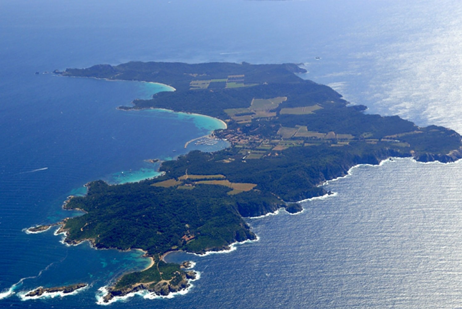 french-riviera-yacht-charter-porquerolles-islands-itinerary-route