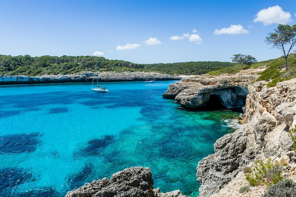 formentera-yacht-hire-balearic-islands-spain-itinerary-sailing-route-boat-rental
