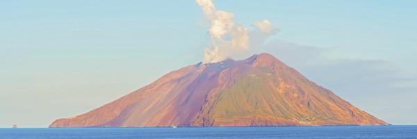 sicily-and-amalfi-coast-itinerary-stromboli-aeolian-islands