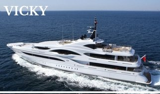 selection-of-luxury-yachts-in-amalfi-coast-yacht-vicky