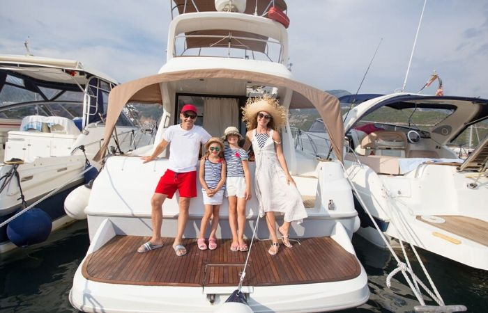 yacht-charter-price-italy
