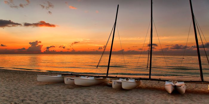 cuba-yacht-charter-cuba-yacht-rental-cuba-boat-charter-cuba-boat-rental-cuba-sailing-charter-cuba-boat-hire-motor-yacht