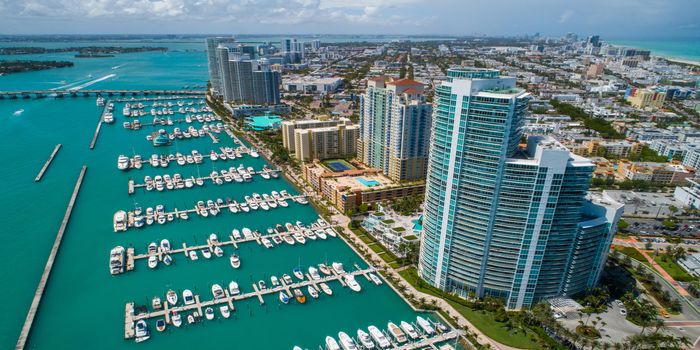miami-yachts-for-rent