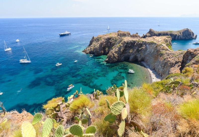 eco-friendly-sailing-aeolian-islands