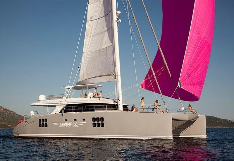 sunree-yacht-maverick-for-charter