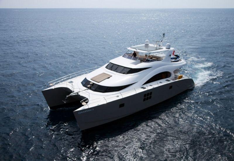 damrak-ii-sunreef-yacht-for-charter