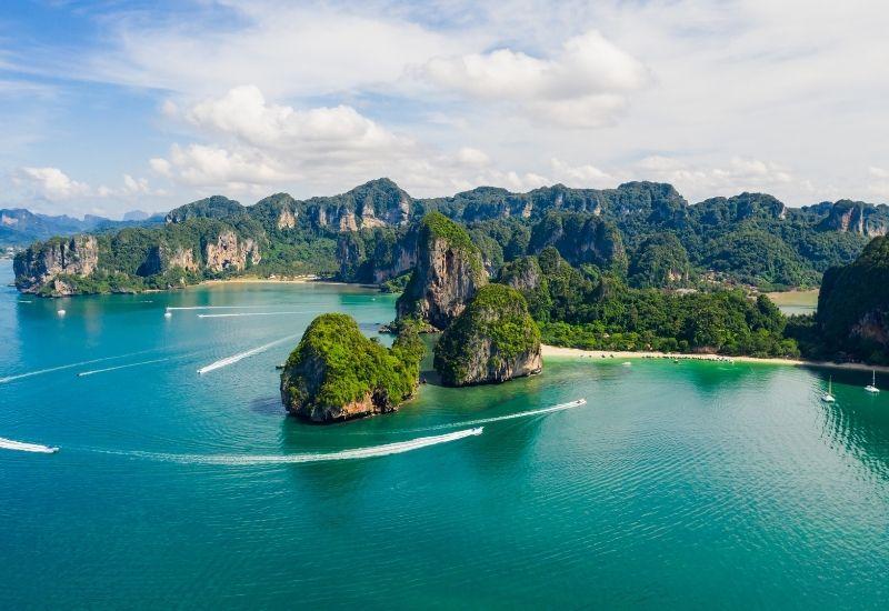 phukhet-andaman-sea-yacht-tour