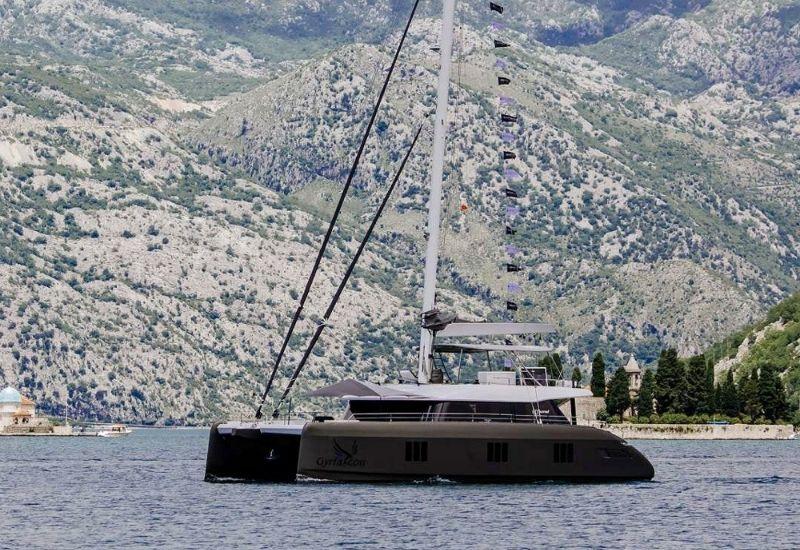 catamaran-gyrfalcon